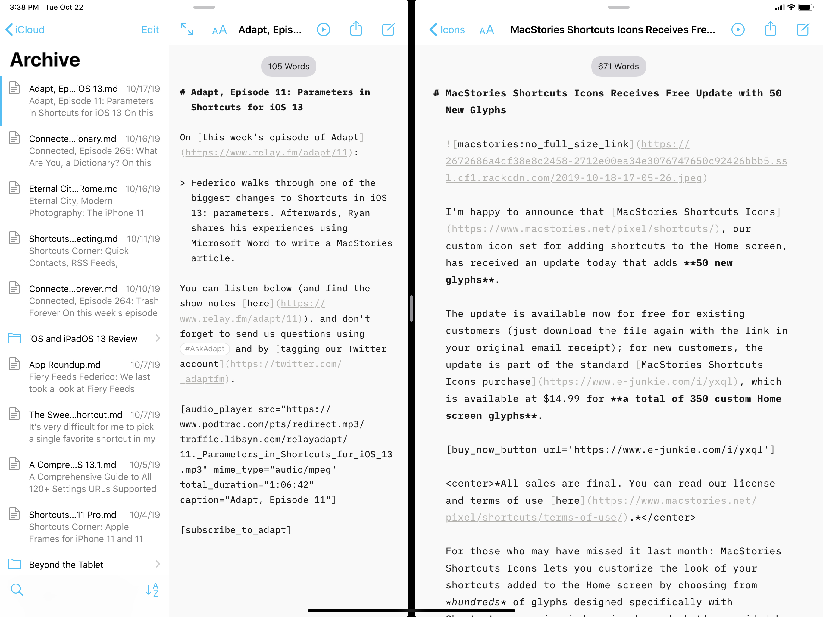 Editing two documents at the same time with native multiwindowing support in iA Writer.