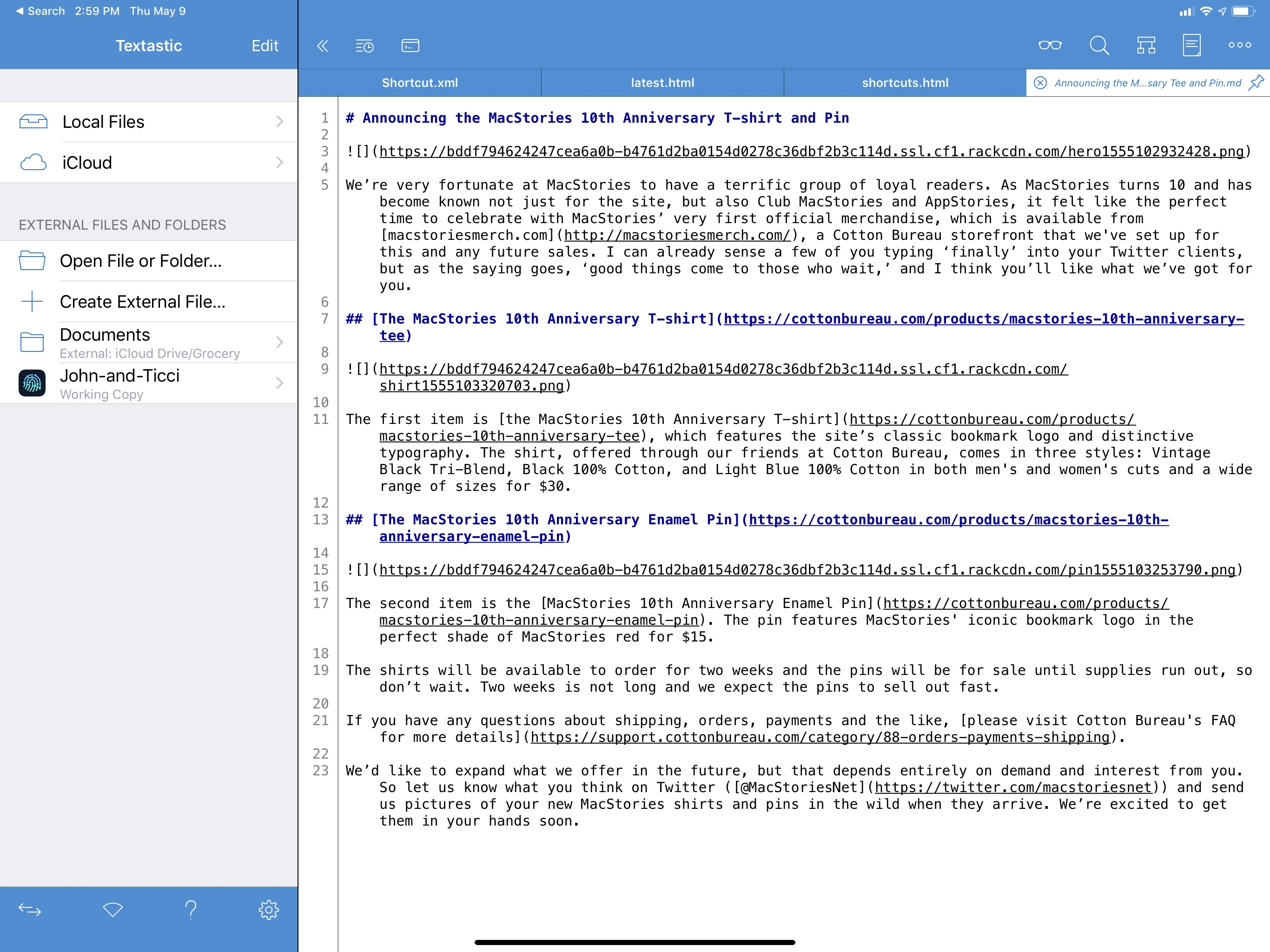 Textastic supports both open-in-place for individual files as well as folder bookmarks.
